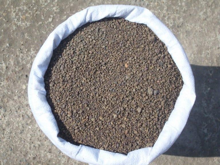 Еще вам понадобиться большое количество цемента и песка