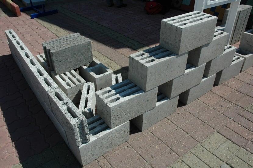 Как изготовить керамзитобетонные блоки в домашних условиях