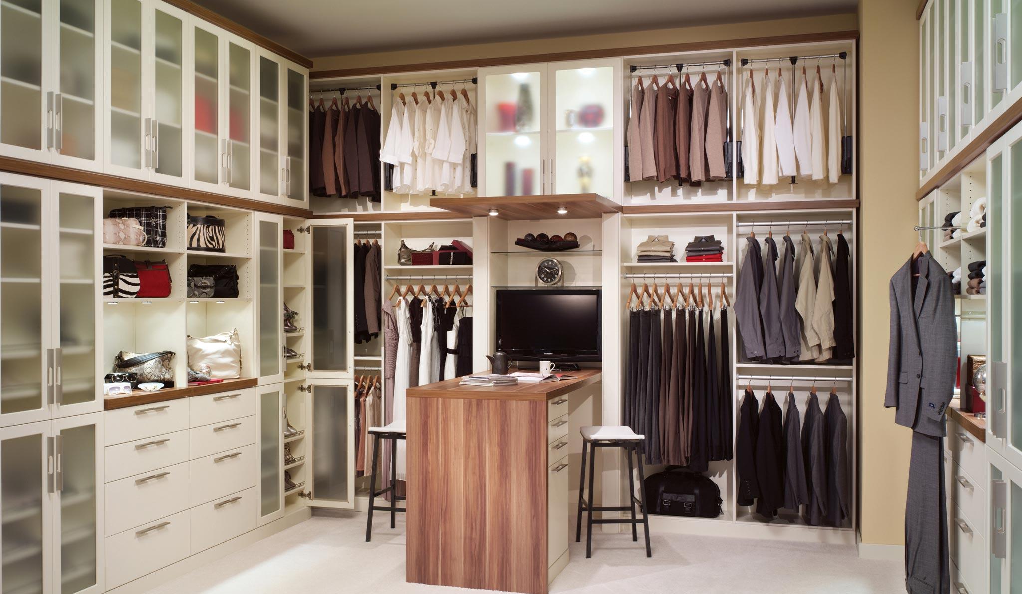 Системы для хранения гардероба: классификация, варианты и достоинства