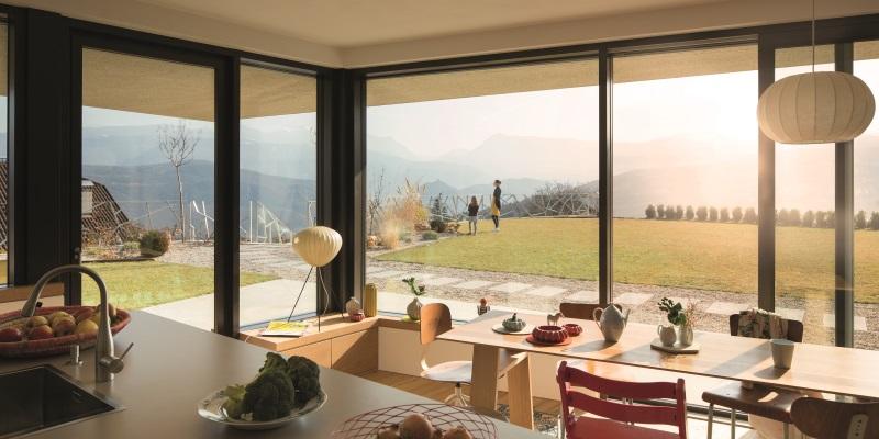 Французские окна в интерьере: фото, виды окон и материалы