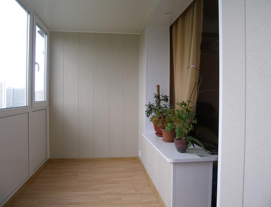 Внутренняя отделка балконов: фото, материалы и особенности