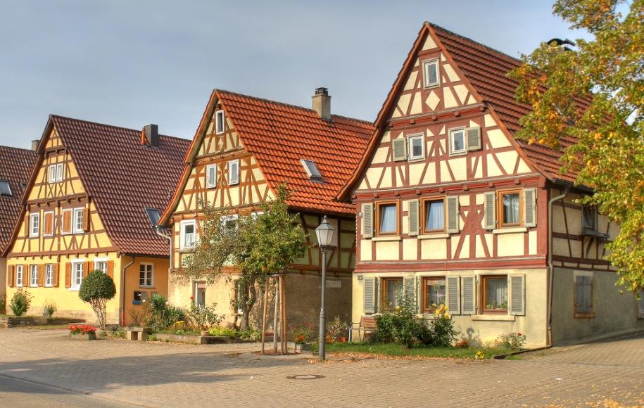 Загородный дом в немецком стиле [Фото] Лучшие проекты (2019)