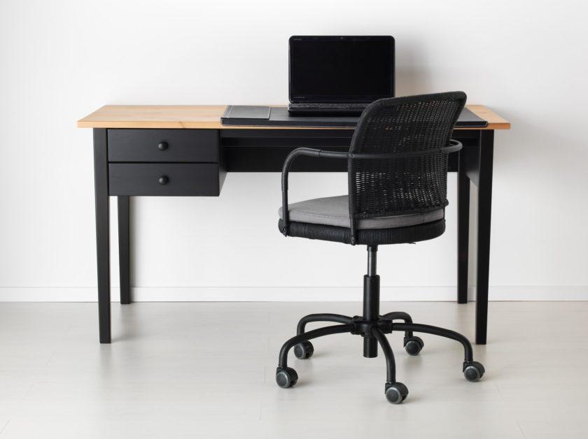 Письменные столы Икеа: фото, особенности, размеры, дизайн