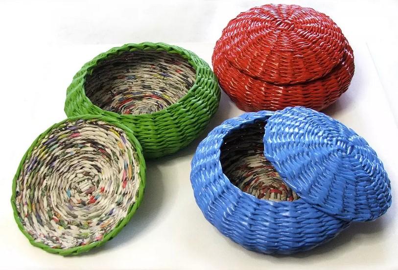 Плетение корзин из газетных трубочек: фото, способы и инструкции