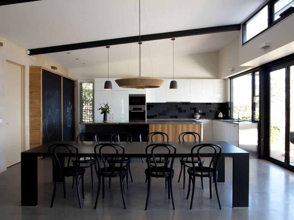 Черно-белая кухня: фото, идеи интерьера, рекомендации дизайнеров