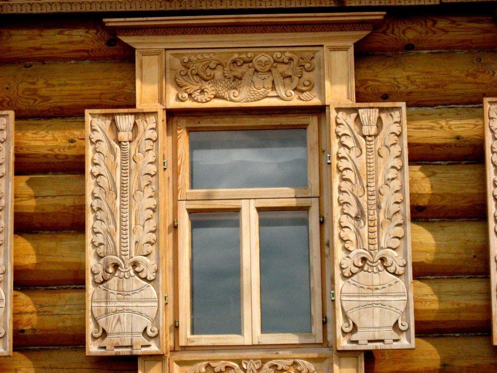 Ставни на окна: фото, зачем нужны, разновидности и размеры
