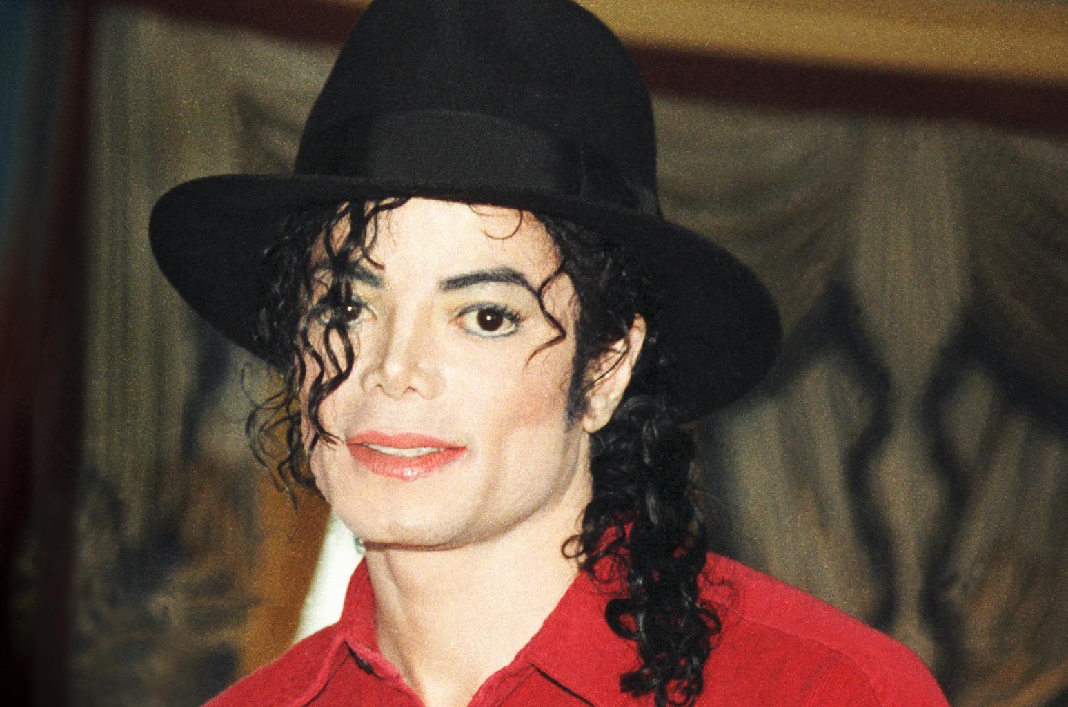 Особняк Майкла Джексона: фото, архитектура, история, цена